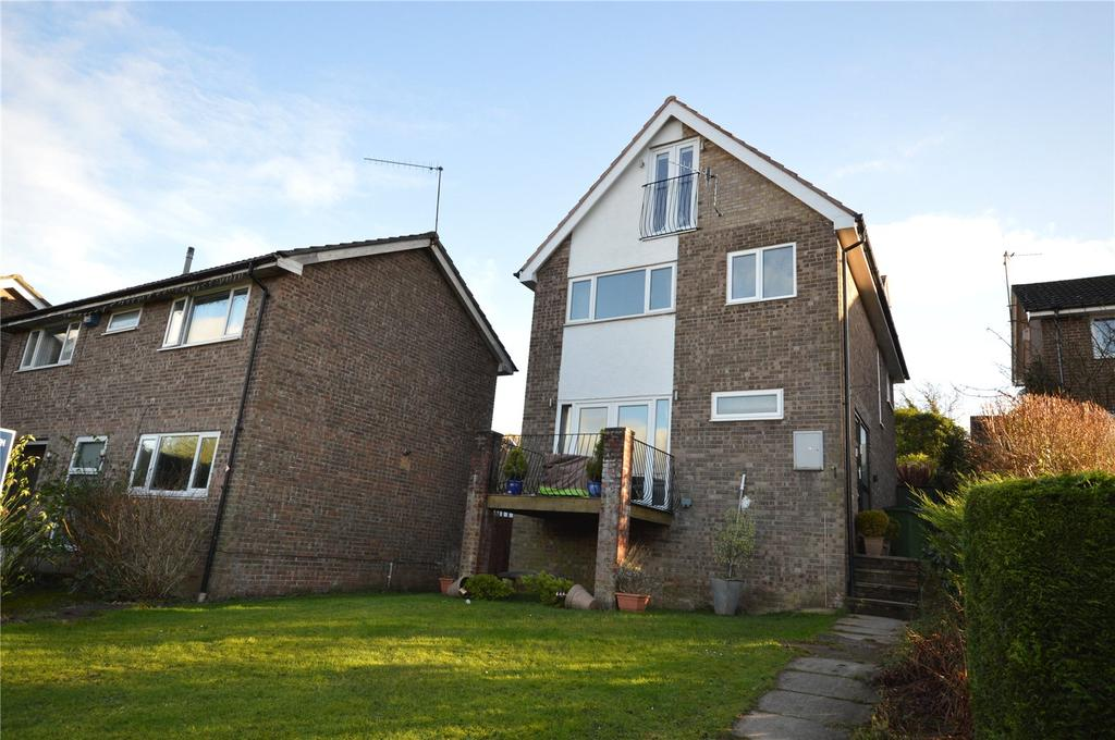 5 Bedrooms Detached House for sale in Goldcrest Drive, Pentwyn, Cardiff, CF23