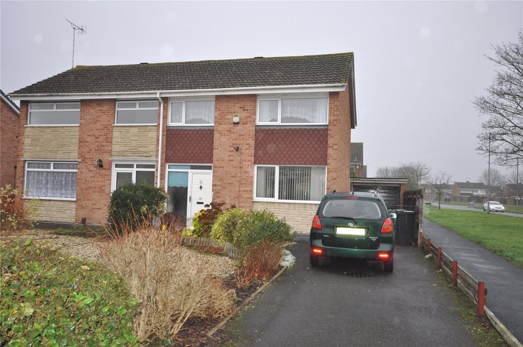 3 Bedrooms Semi Detached House for sale in Foxbridge, Covingham, Swindon, Wiltshire, SN3