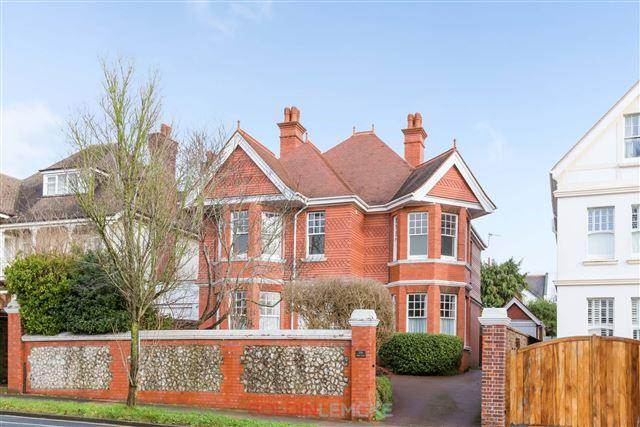 5 Bedrooms Detached House for sale in Dyke Road, Brighton