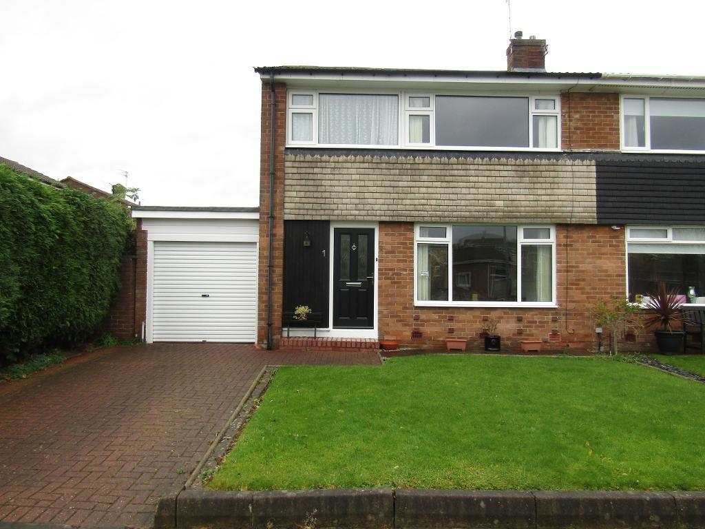 3 Bedrooms Semi Detached House for sale in Amberley Grove, Whickham, Whickham, Tyne and Wear, NE16 5JF