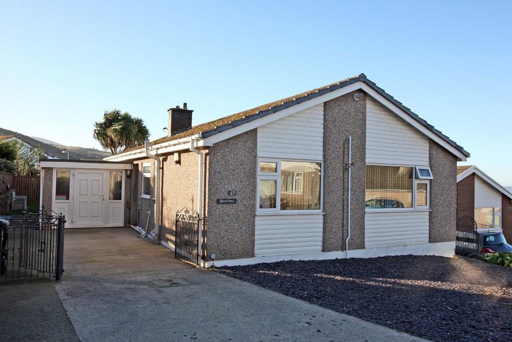2 Bedrooms Detached Bungalow for sale in Gorwel, Llanfairfechan, North Wales