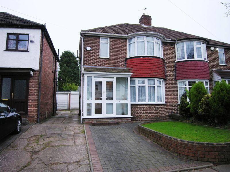 3 Bedrooms Semi Detached House for sale in Burnham Road, Birmingham