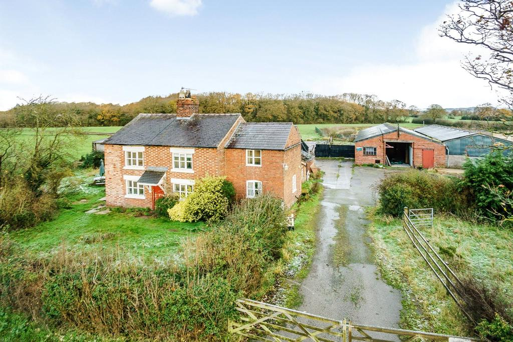 4 Bedrooms Detached House for sale in Church Lane, Huxley, Chester