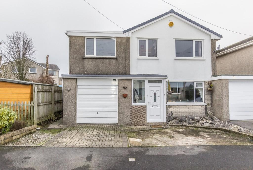 4 Bedrooms Link Detached House for sale in 9 Scafell Drive, Kendal, Cumbria. LA9 7PE