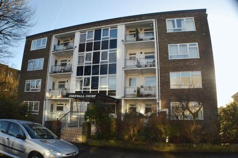 2 bedroom flat for sale - Wilbury Avenue, Hove