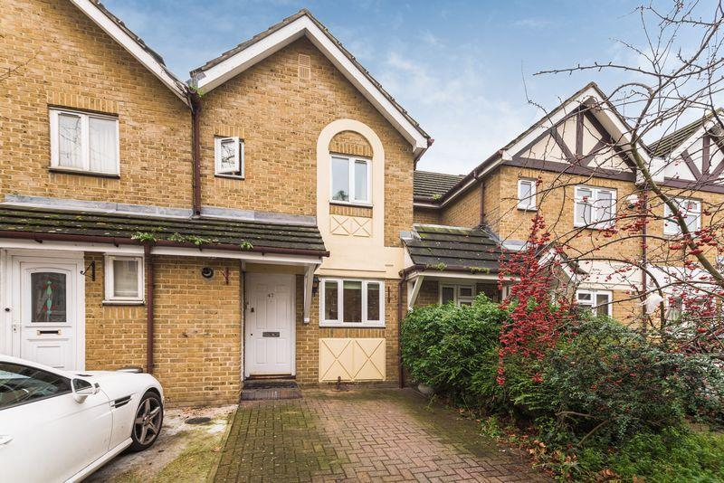 2 Bedrooms Terraced House for sale in Water Lane, New Cross, SE14