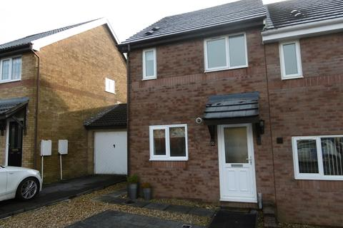 2 bedroom semi-detached house to rent - Priory Court, Neath, Neath Port Talbot.