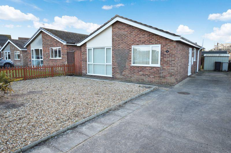 3 Bedrooms Bungalow for sale in 1 Blenheim Road, Coningsby