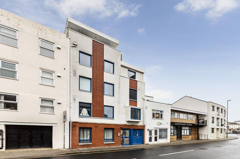 2 Bedrooms Block Of Apartments Flat for sale in 8 Two Bedroom Apartments Including Sale of the Freehold, 5.9% Yield: Montague House Clarendon Road, Southsea