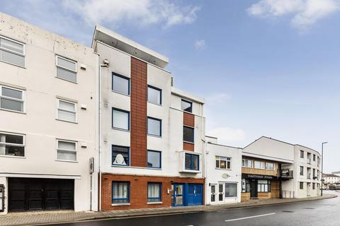 2 bedroom block of apartments for sale - 8 Two Bedroom Apartments Including Sale of the Freehold, 5.9% Yield: Montague House Clarendon Road, Southsea