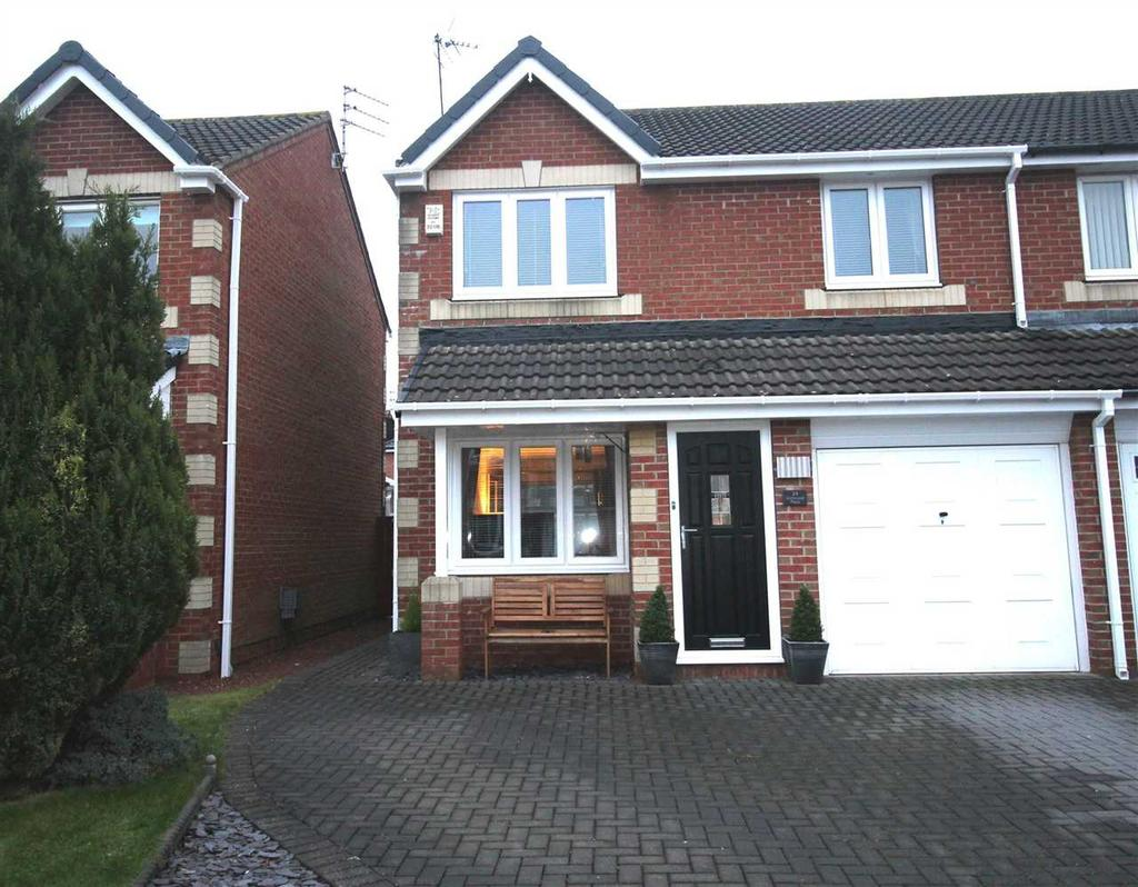 3 Bedrooms Semi Detached House for sale in Eastwood Place, Hartford Green, Cramlington