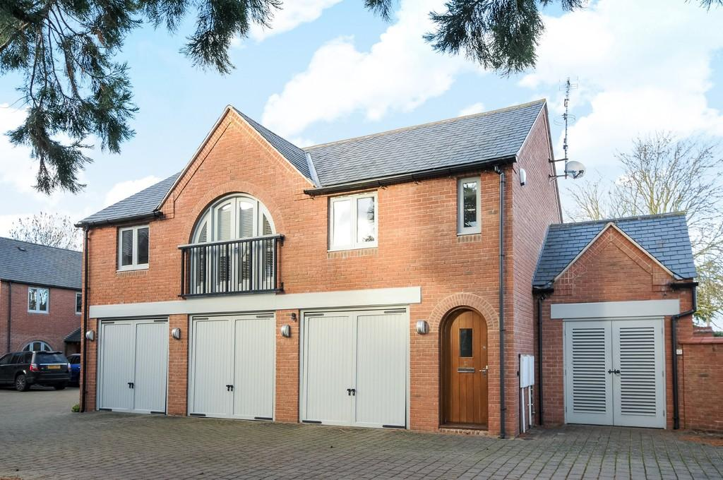 2 Bedrooms Apartment Flat for sale in Sequoia Mews, Shipston Road, Stratford-Upon-Avon