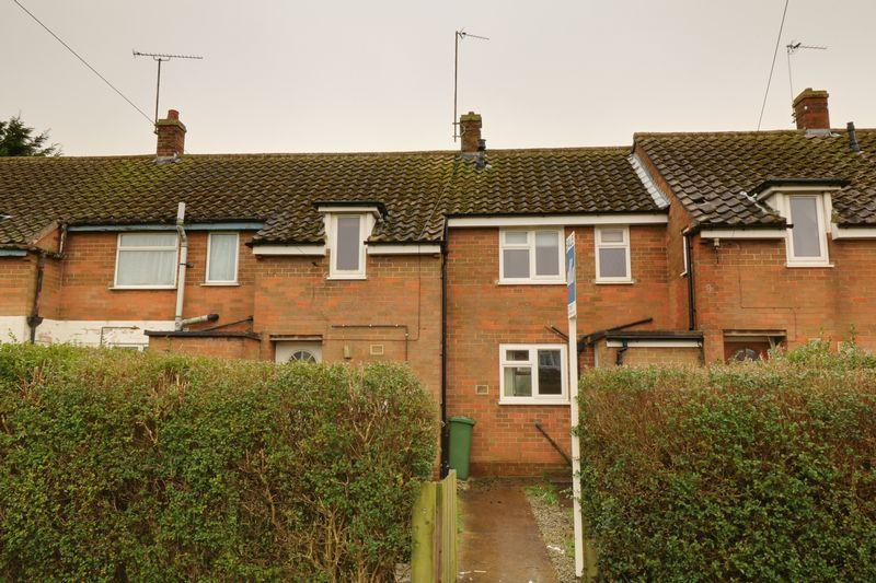 3 Bedrooms Terraced House for sale in St Marys Avenue, Barnetby