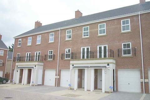 3 bedroom townhouse to rent - Thomas Wyatt Close, City Centre