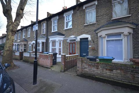 2 bedroom terraced house to rent - Huddlestone Road, London