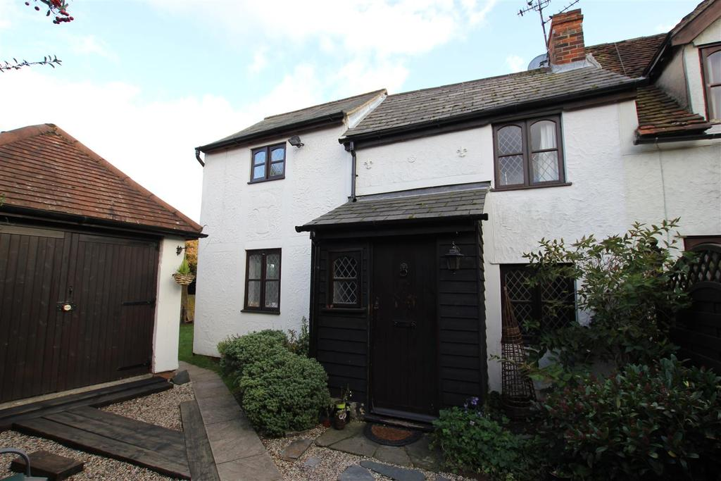 3 Bedrooms End Of Terrace House for sale in Danbury, Chelmsford