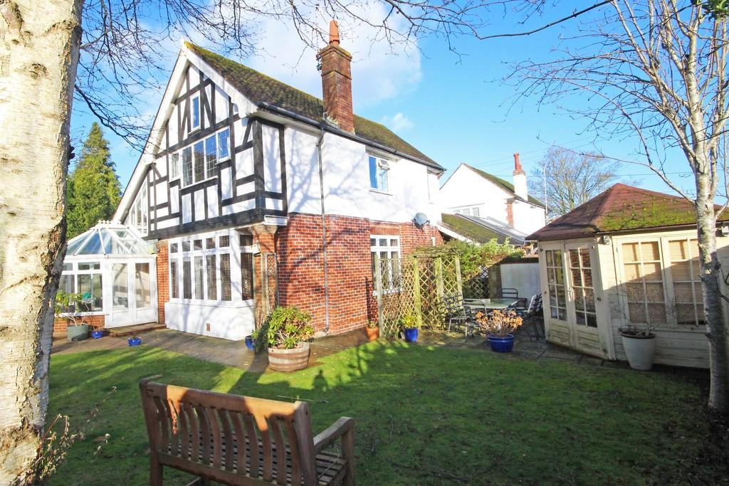 3 Bedrooms Link Detached House for sale in Steyning