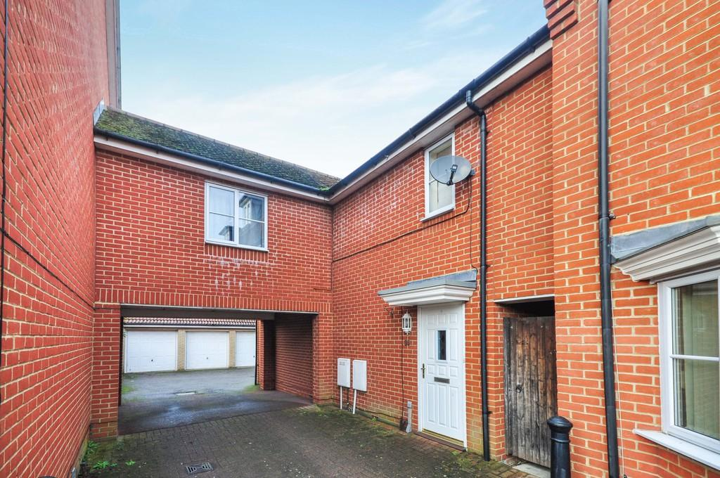 3 Bedrooms Terraced House for sale in Septimus Drive, Highwoods, Colchester, CO4 9ET