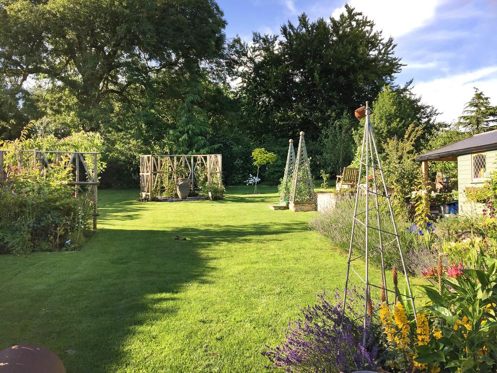 4 Bedrooms Detached House for sale in Chantry, Somerset