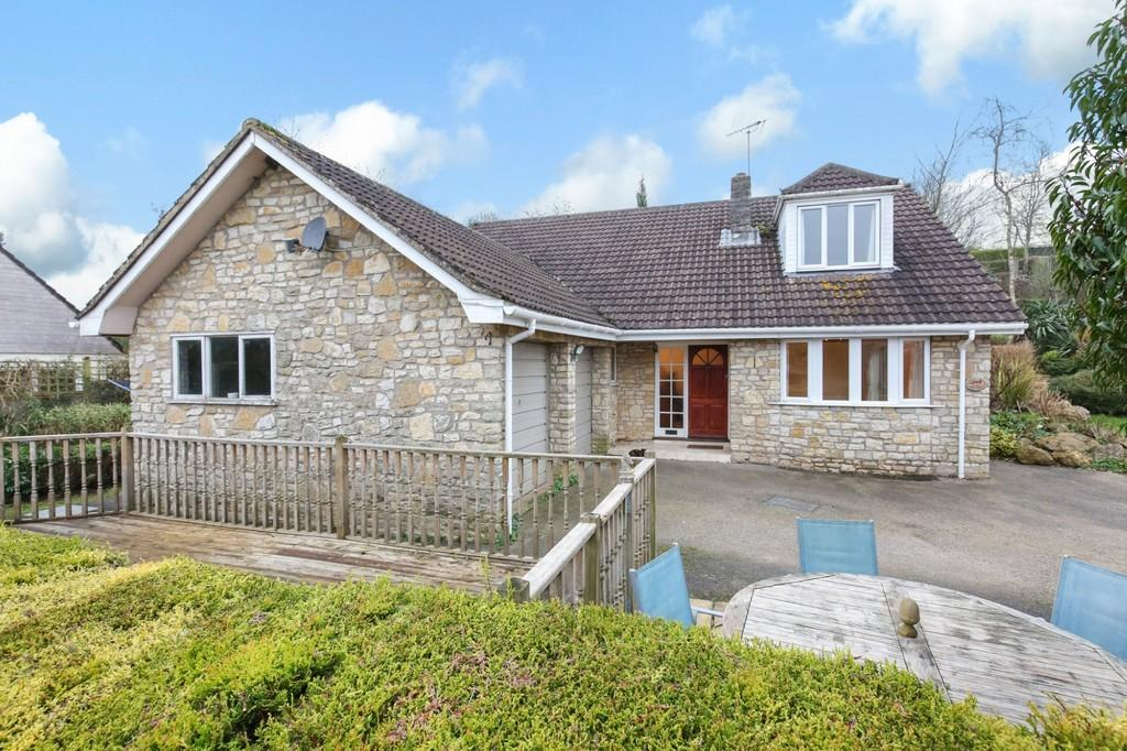 3 Bedrooms Detached House for sale in Shoscombe, Somerset