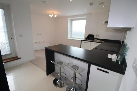 1 bedroom apartment to rent - Pendeen House, Ferry Court