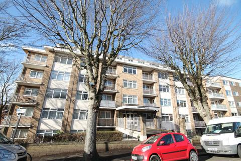 2 bedroom apartment for sale - Coniston Court, Holland Road, Hove, BN3 1JU