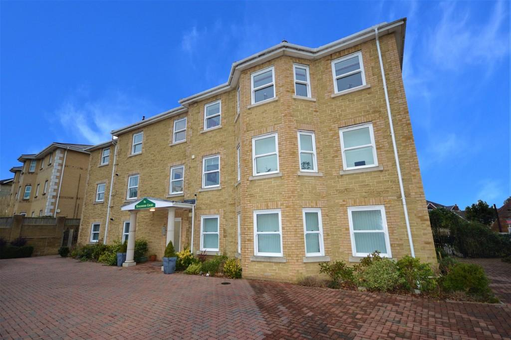 2 Bedrooms Apartment Flat for sale in Broadway, Sandown
