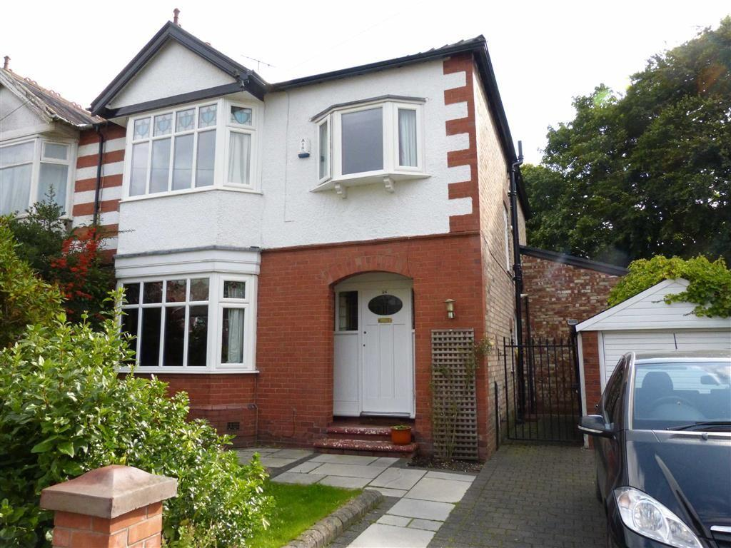 4 Bedrooms Semi Detached House for sale in Cromwell Road, Stretford