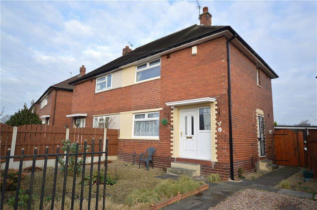 2 Bedrooms Semi Detached House for sale in Newlands Drive, Morley, Leeds