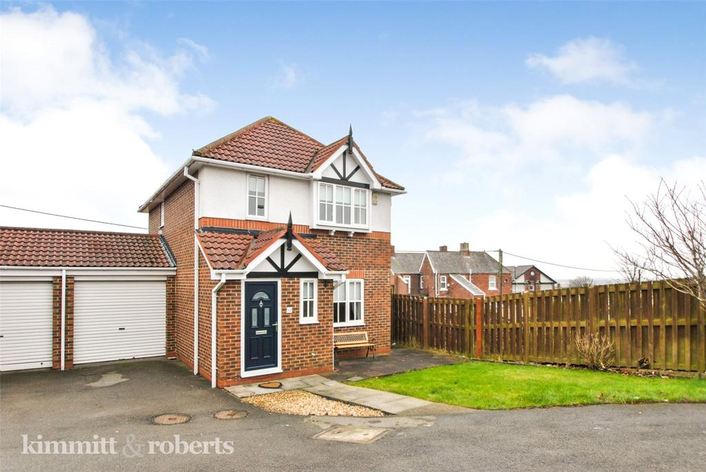 3 Bedrooms Link Detached House for sale in Oakmere Close, Shiney Row, Tyne and Wear, DH4
