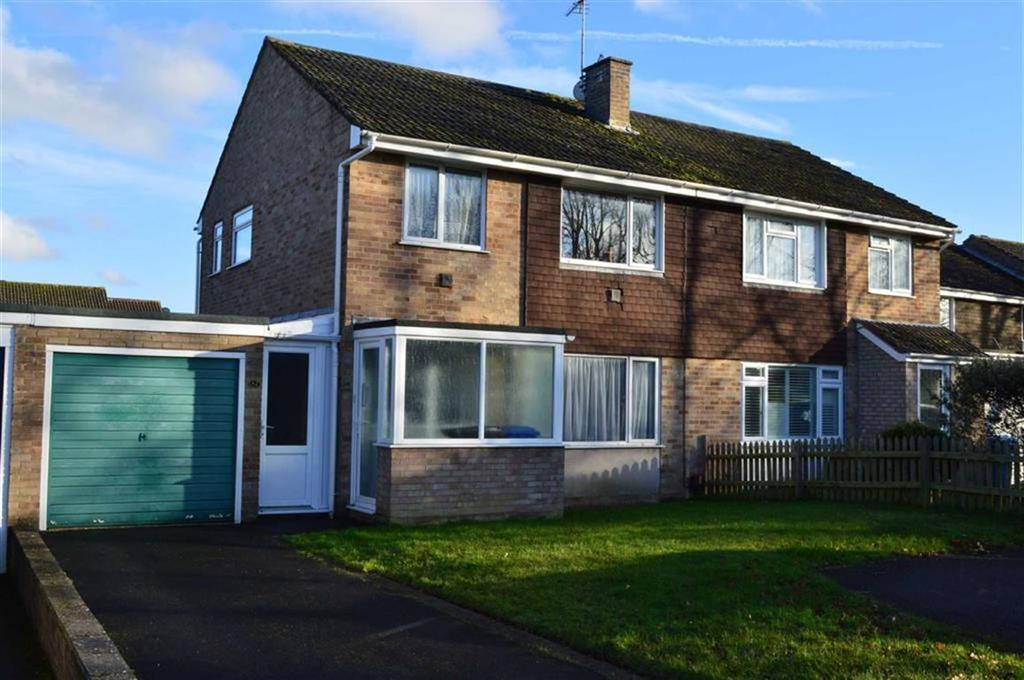 3 Bedrooms Semi Detached House for sale in Chichester Walk, Wimborne, Dorset
