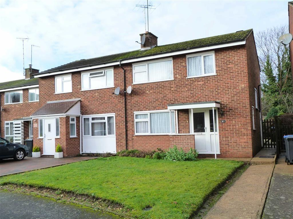 3 Bedrooms Semi Detached House for sale in Becket Gardens, Welwyn Village