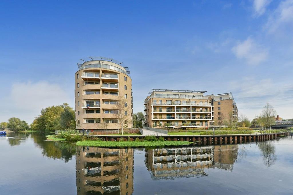 2 Bedrooms Apartment Flat for sale in Essex Wharf, London