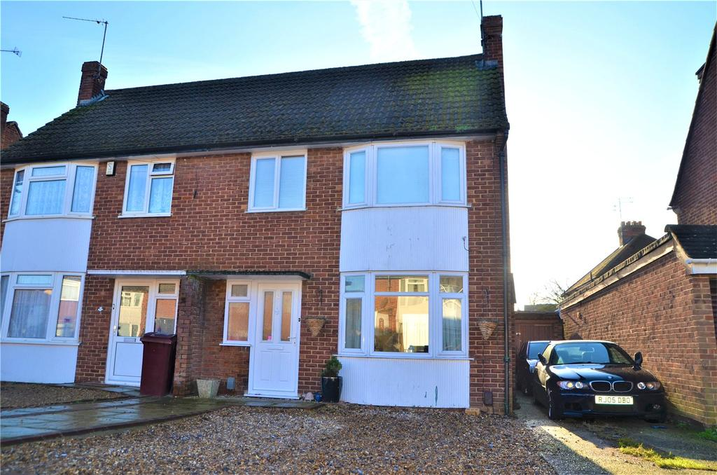 3 Bedrooms Semi Detached House for sale in Ivydene Road, Reading, Berkshire, RG30