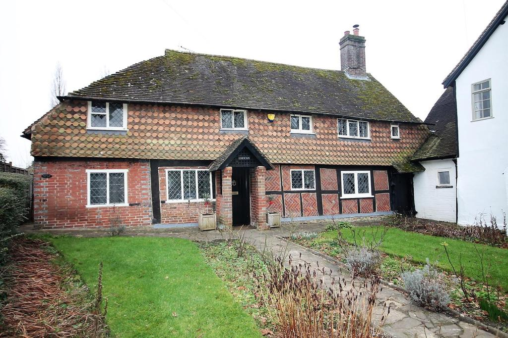 3 Bedrooms Cottage House for rent in The Street, Slinfold, Horsham