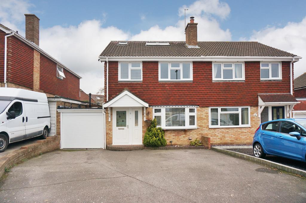 4 Bedrooms Semi Detached House for sale in PORTCHESTER