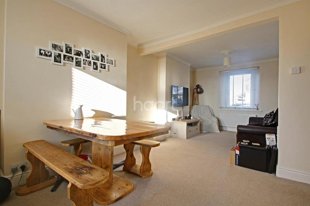 2 Bedrooms Terraced House for sale in Coombe Park Lane, Plymouth