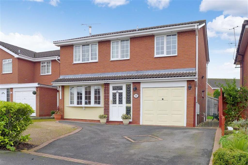 4 Bedrooms Detached House for sale in Broadleigh Way, Crewe