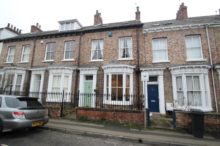 4 Bedrooms Terraced House for sale in ST. JOHNS STREET, OFF LORD MAYORS WALK, YORK, YO31 7QT