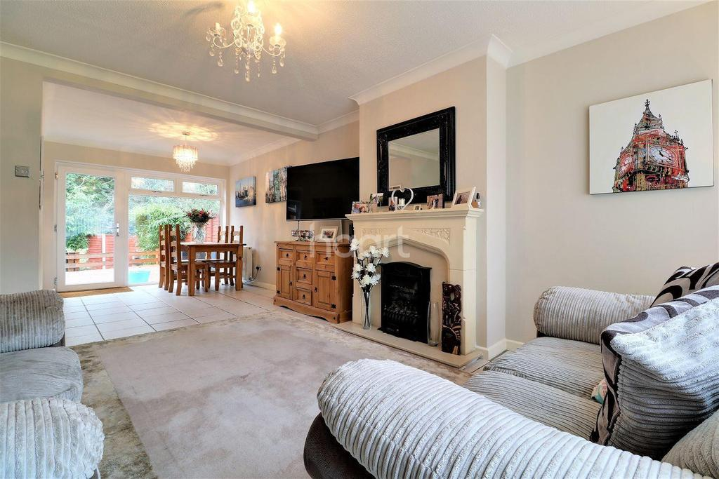 3 Bedrooms Detached House for sale in Clareville Road, Orpington