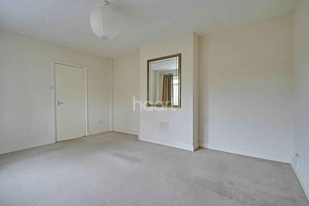 2 Bedrooms Flat for sale in Macaulay Square, Great Shelford, Cambridgeshire