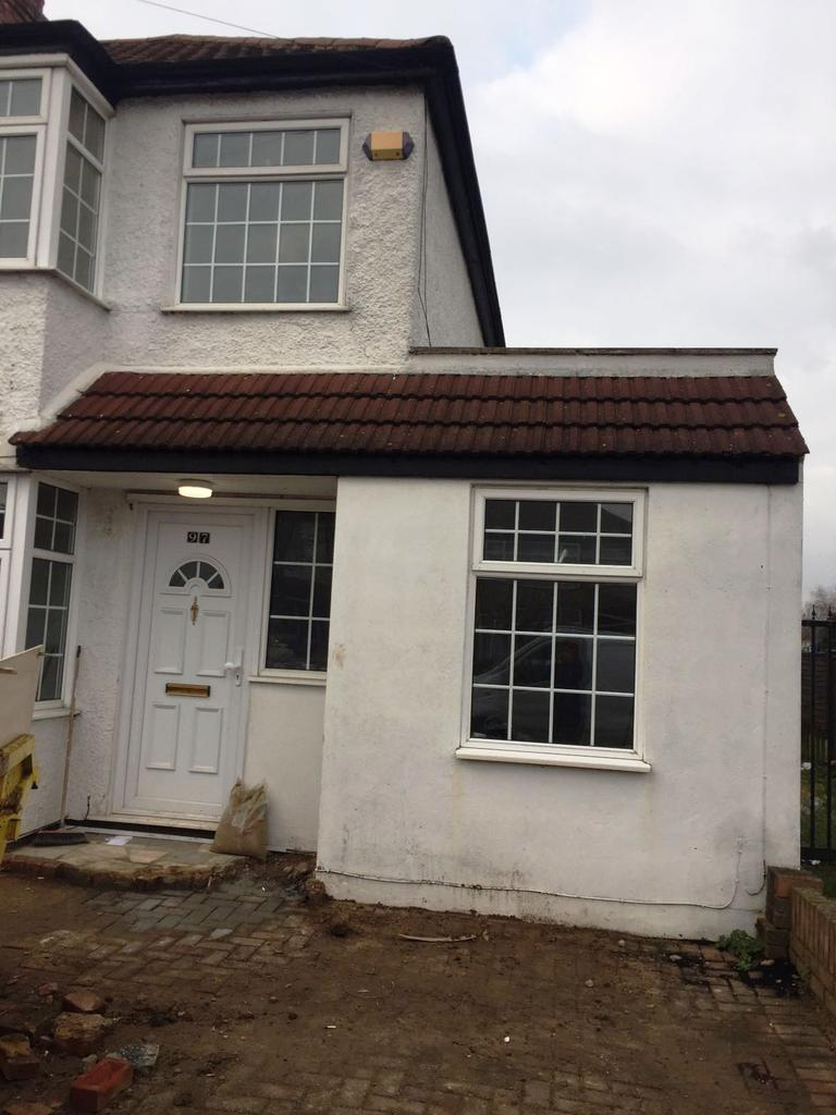 4 Bedrooms End Of Terrace House for rent in Longfield Avenue