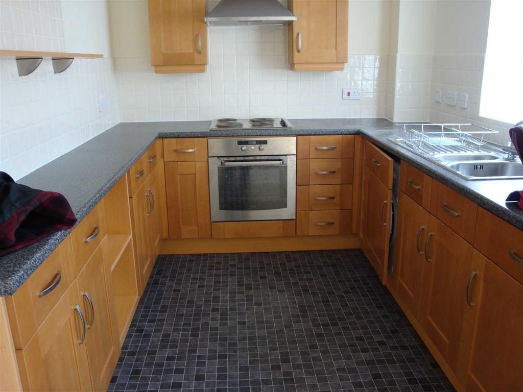 2 Bedrooms Apartment Flat for rent in Cromwell Avenue, Denton, Cheshire, SK5