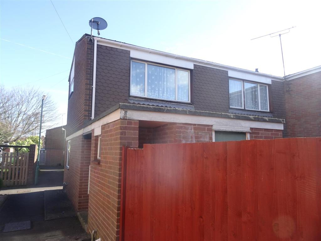 3 Bedrooms Semi Detached House for sale in New Park Road, Shrewsbury