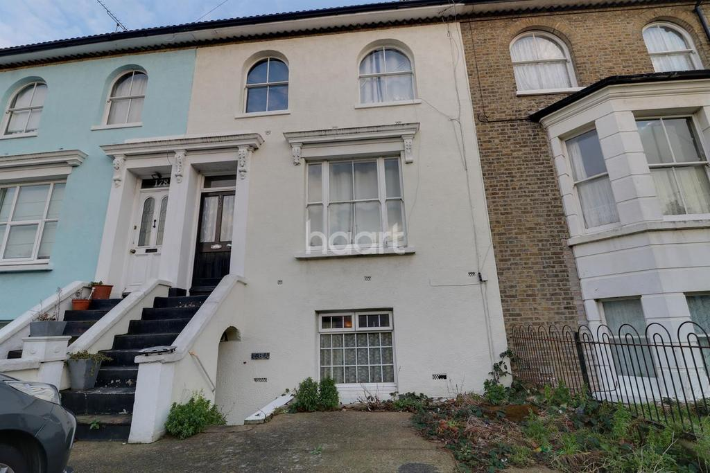 1 Bedroom Flat for sale in North Road, Westcliff on Sea