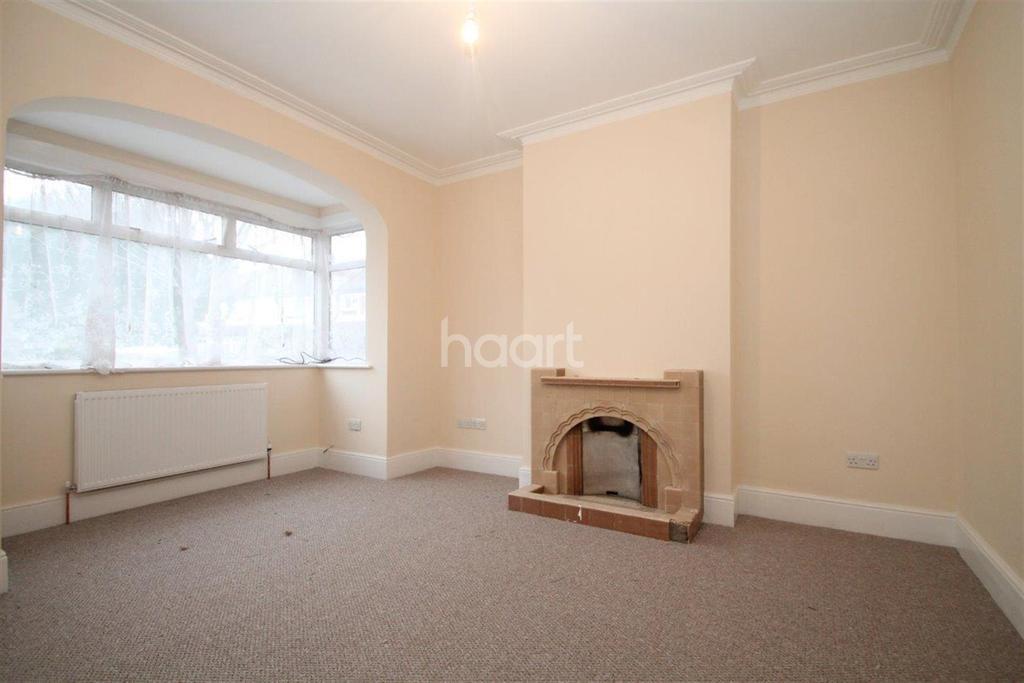 4 Bedrooms Terraced House for rent in Torridge Road, CR7