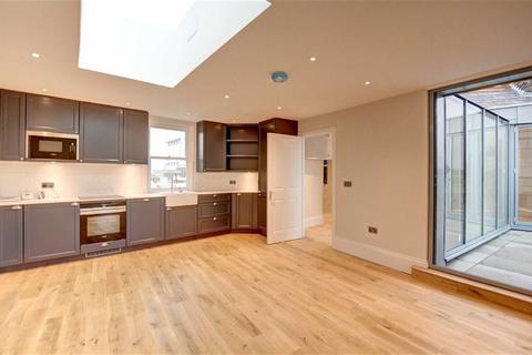 2 bedroom property for sale - Market Square, Bromley, Kent