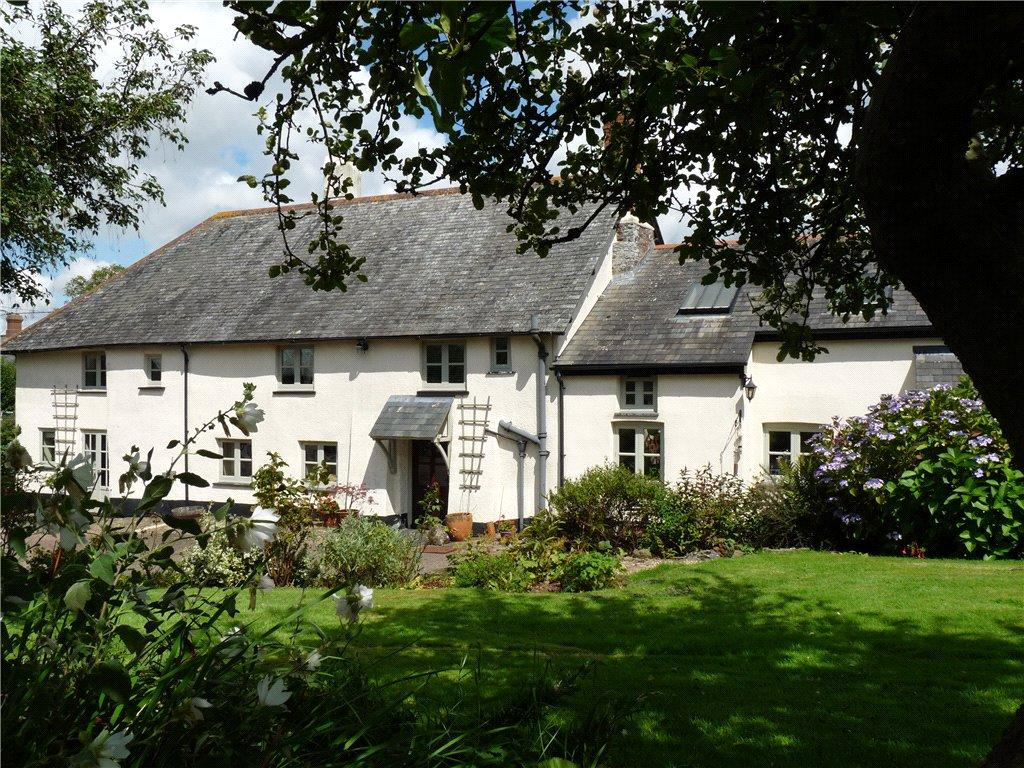 5 Bedrooms Detached House for sale in Chawleigh, Chulmleigh, Devon