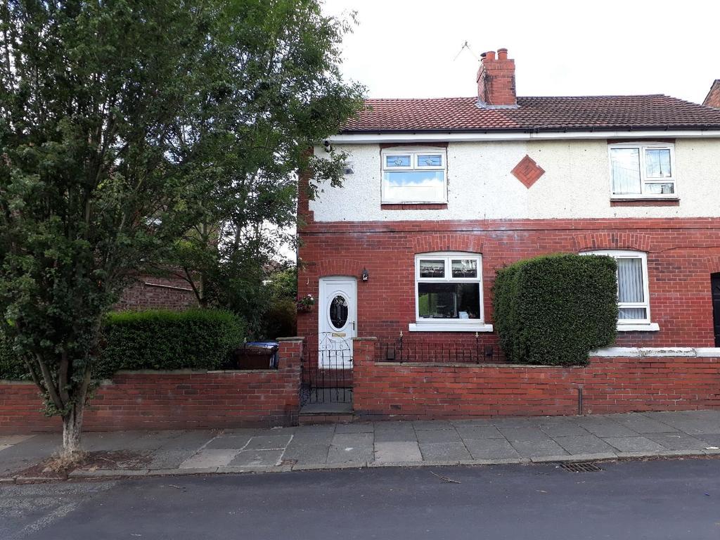 2 Bedrooms Semi Detached House for sale in Langham Road, Heaton Mersey