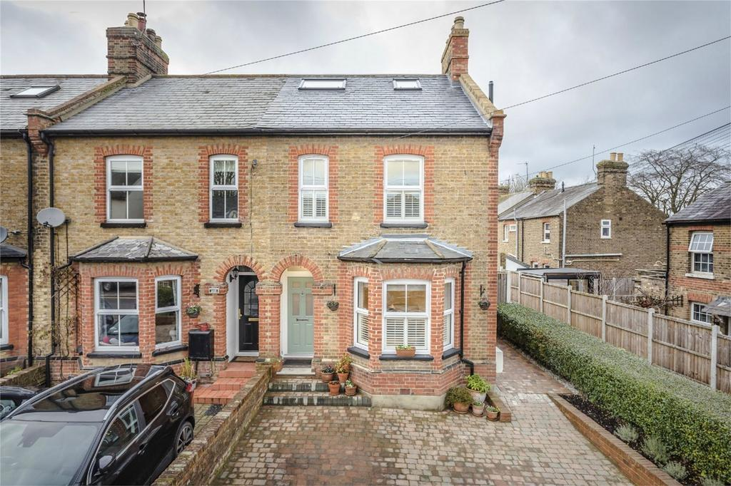 4 Bedrooms End Of Terrace House for sale in Newtown Road, BISHOP'S STORTFORD, Hertfordshire